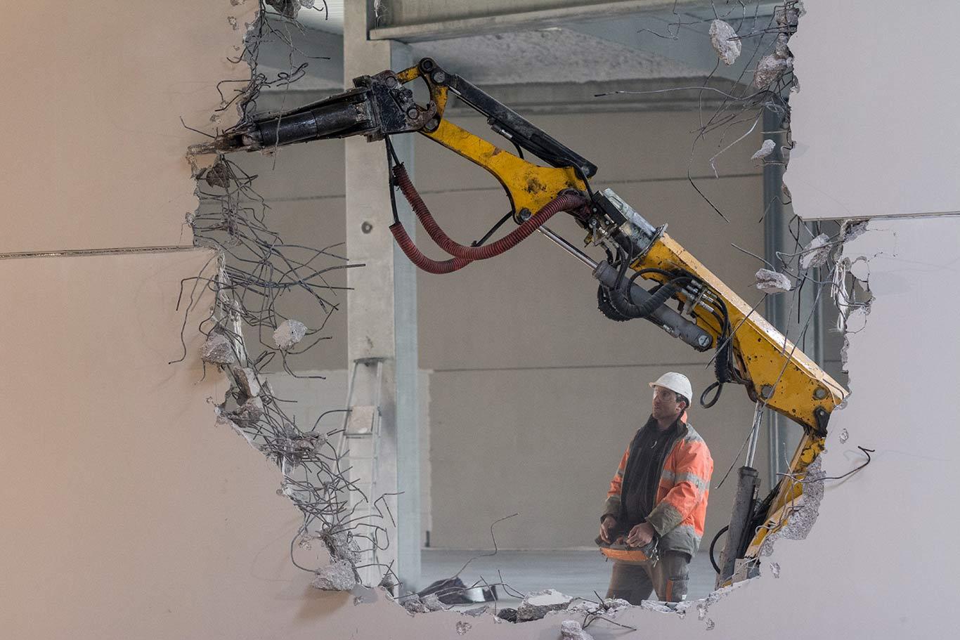 Robot démolisseur télécommandé